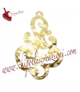 Ciondolo Tribale Martellato 55x35 mm Ottone colore Oro