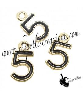 Ciondolo N° 5 - Numero Cinque Smaltato 16x9 mm Nero