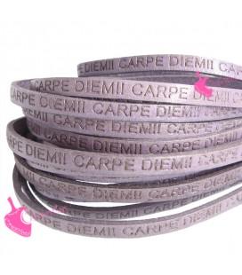 Cordoncino Pelle 5 mm con scritta Carpe Diem colore Lilla (50 cm)