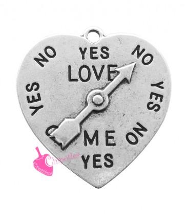 Ciondolo Cuore con Freccia e scritta Love Me 31x29 mm color Argento Antico
