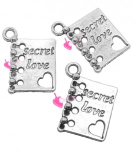 "Ciondolo Libro ""Secret Love"" 19x15 mm color Argento Antico"