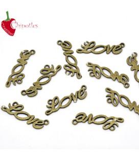 Ciondolo Scritta Love 33x10 mm colore Bronzo Antico