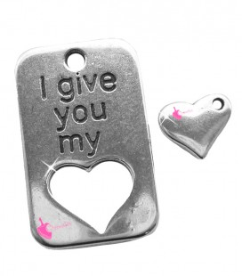 "Ciondolo Targhetta ""I give you my heart"" 30x19 mm con Cuoricino color Argento Antico"