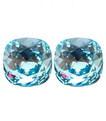 SWAROVSKI® 4470 10 mm Aquamarine