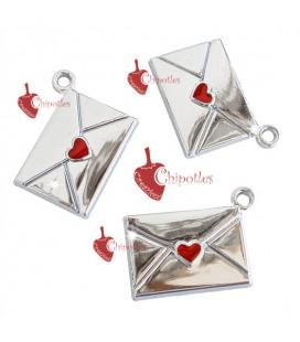 Ciondolo Busta da Lettere con Cuoricino Rosso 13x18 mm