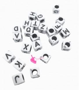 Perle Cubo Lettere Alfabeto 5x5 mm (foro 3mm) Acrilico Bianco e Nero (400 pezzi)