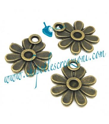 Ciondolo Fiore 17x15 mm colore Bronzo Antico