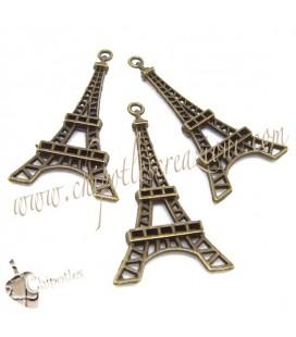 Ciondolo Torre Eiffel 43x24 mm colore Bronzo Antico